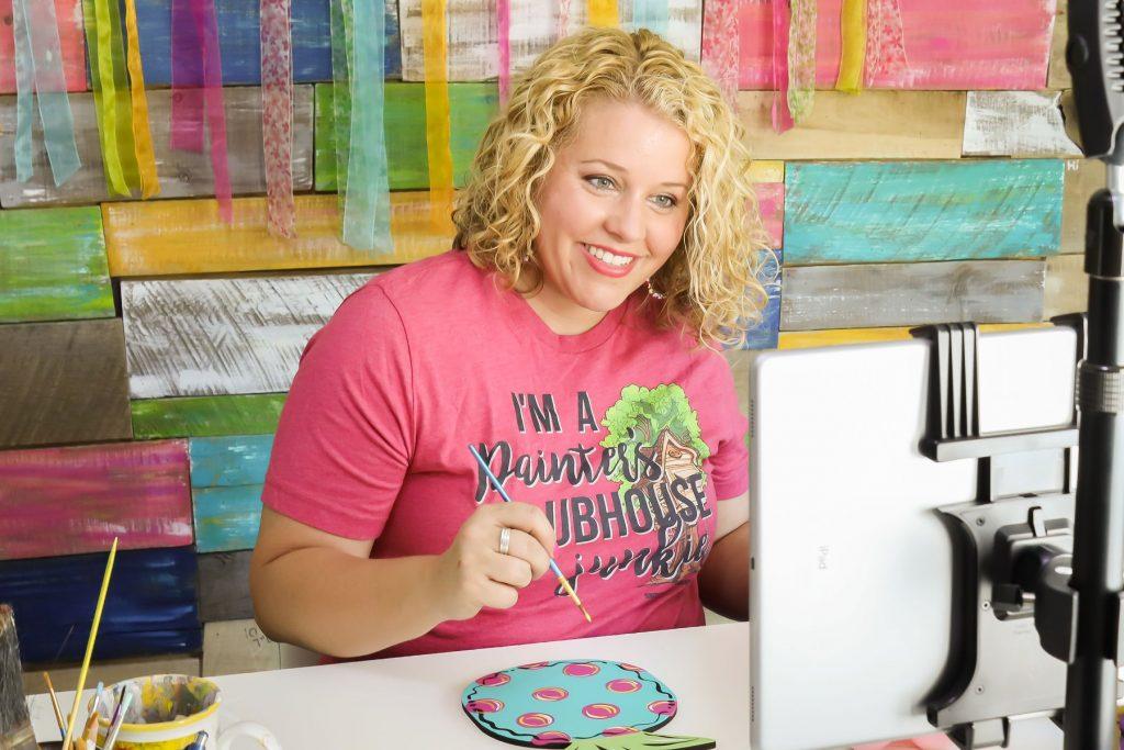 Tamara Bennett behind a computer