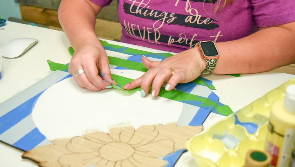 creating a gingham effect with painters tape and baby wipes