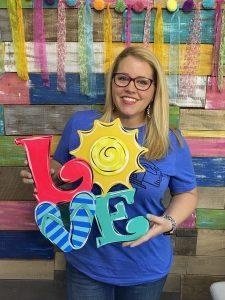 Tamara Bennett with the Summer LOVE Door Hanger